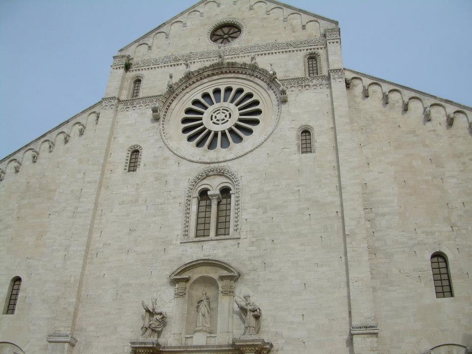 kościół San Sabino, Bari, Rozkoszuj się życiem wsamym sercu Apulii!