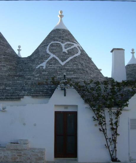 trulli symbole Alberobello, Valle d'Itria przenieś sie domagicznej krainy domków trulli