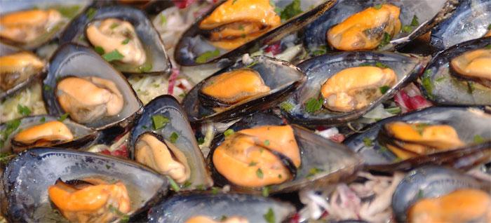 cozze-marinate, Poznaj folklor ismaki Apulii