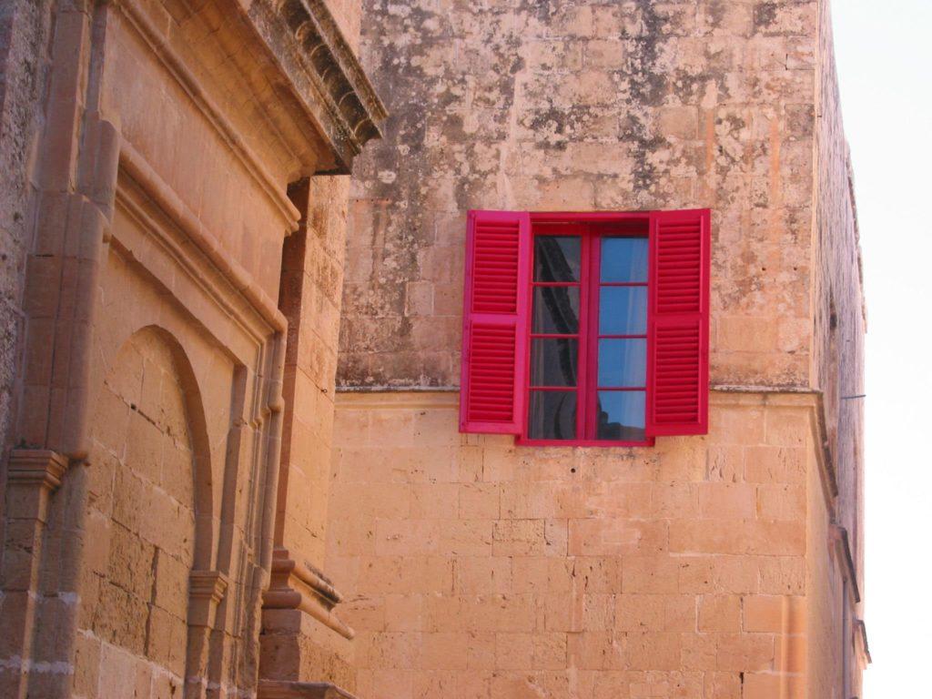 Mdina silent city Malta, Malta iGozo praktyczny przewodnik