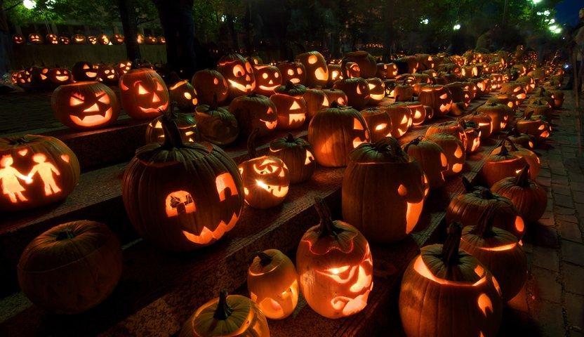 halloween-festival-lucca-garfagnana-borgo-a-mozzano-italy source http://www.hotelmilano-lucca.it/