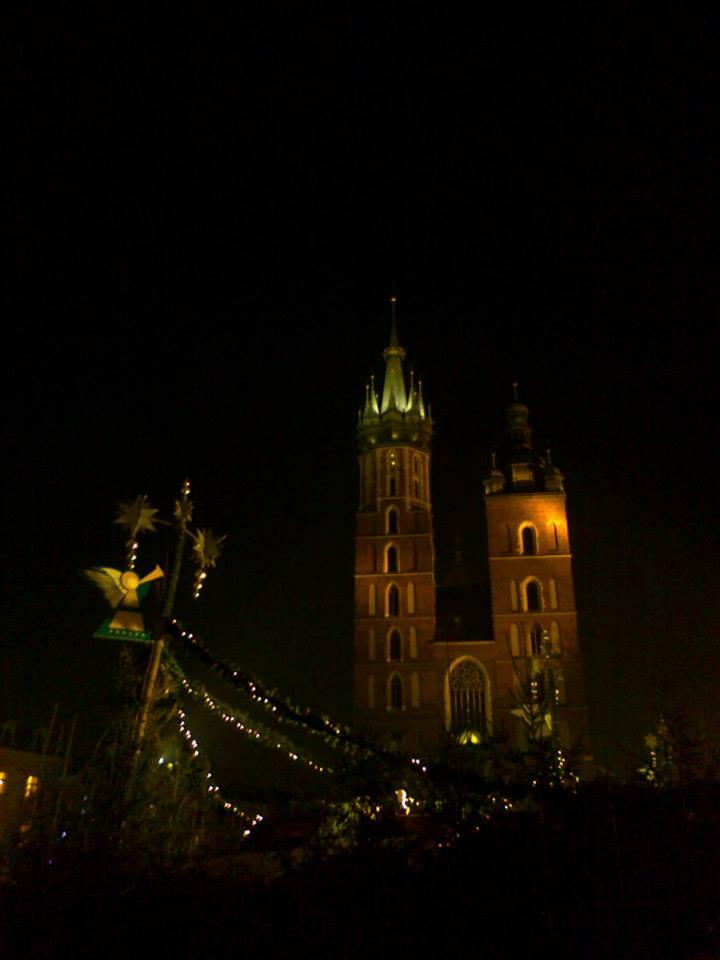 krakow-jarmark-foto-1 Poczuj magię świąt najarmarkach bożonarodzeniowych wPolsce iEuropie